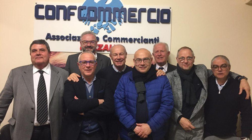 I dirigenti Confcommercio con Ammatuna e Assenza