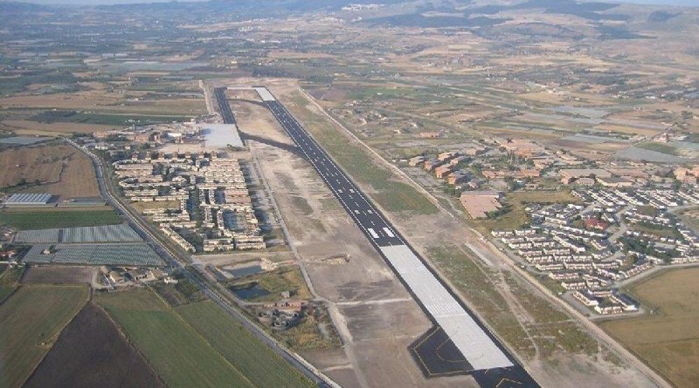 La pista dell'aeroporto di Comiso-1