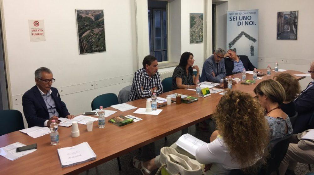 L'incontro con i candidati sindaco all'Ascom