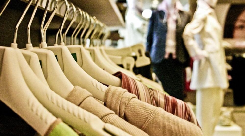 shopping1-1068x712